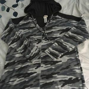 Large Camo hoodie